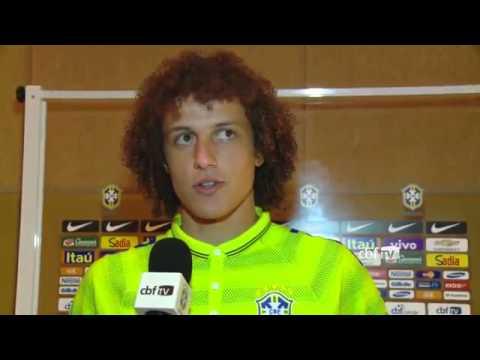 David Luiz está fora do jogo contra o Equador