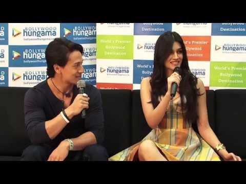 Meet N Greet With Tiger Shroff And Kriti Sanon