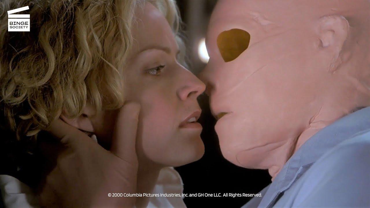 Download Hollow Man: Linda confronts Sebastian (HD CLIP)