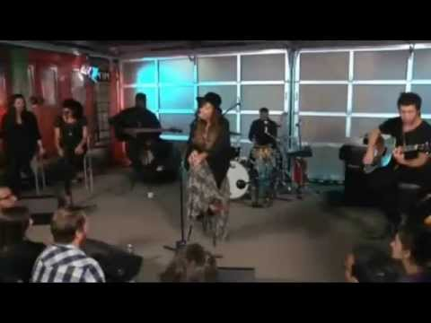 Demi Lovato (+) How To Love (Acoustic)