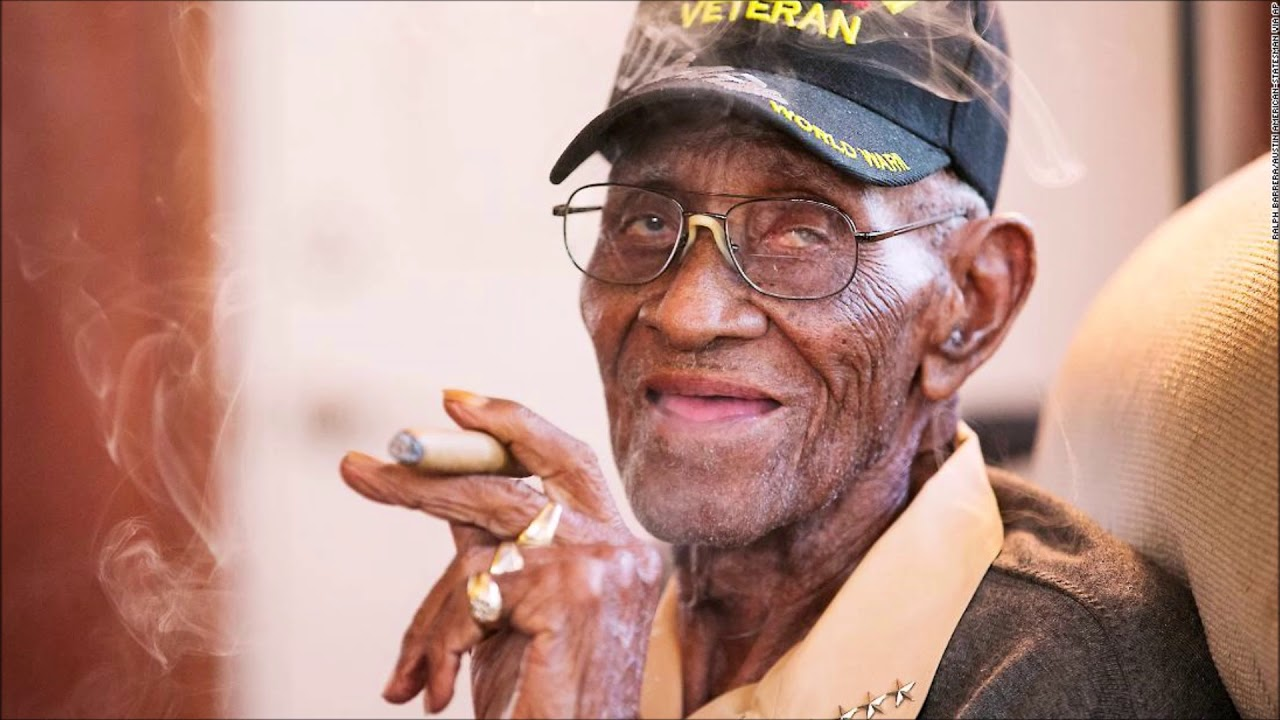 Richard Overton, Nation's Oldest Living World War II Veteran Dies At 112