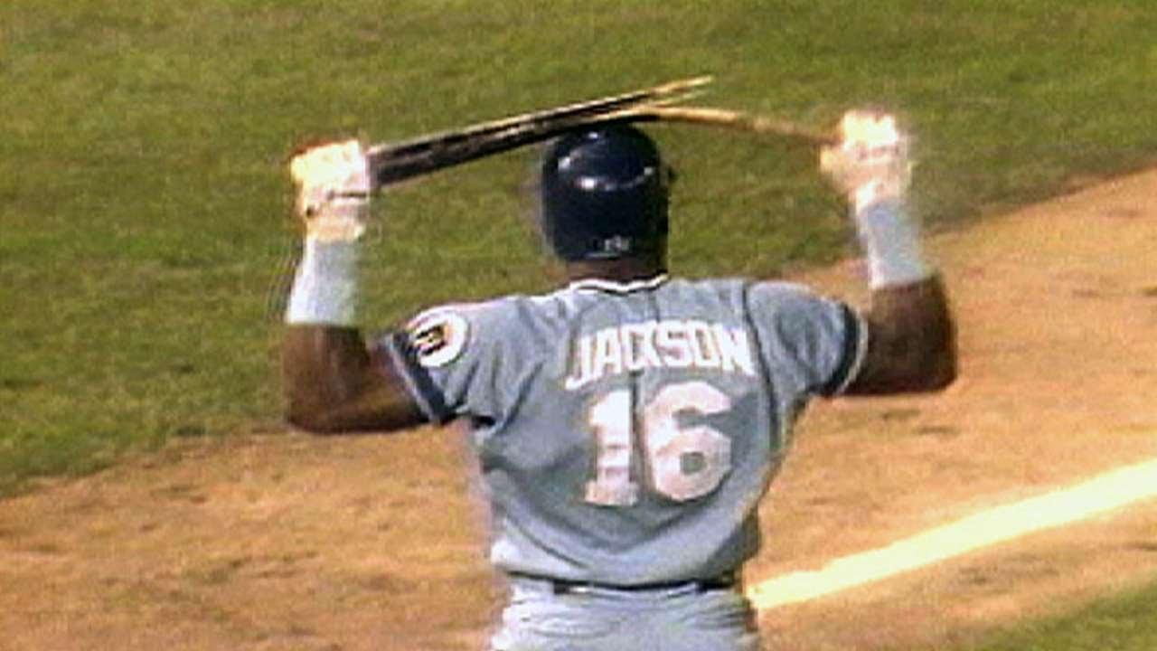 Bo Jackson Breaks Bat Over His Helmet