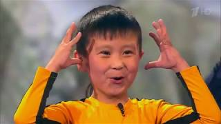 """Зрители шоу """"Лучше всех"""" стоя аплодировали юному каратисту из Кыргызстана"""