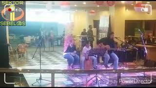 Cinta Terbaik  Cover Casandra  HD - HawazaiN ( akustikan ) Blok M Plaza