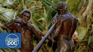 Gambar cover Hombres Cocodrilo | Tribus y Etnias - Planet Doc