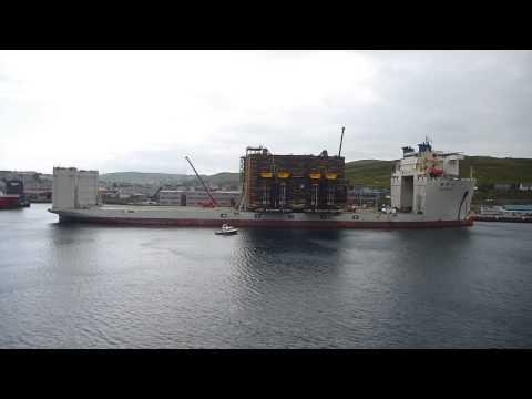 Xiang Yun Kou Heavy Lift Vessel in Shetland