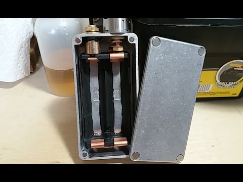 Custom fully mechanical dual 18650 series box mod