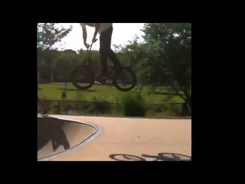 Adam LZ does 360 barspin