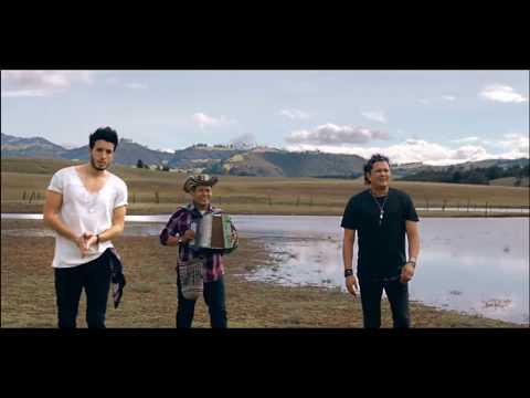 Carlos Vives ft Sebastian Yatra-Robarte un beso Audio Oficial