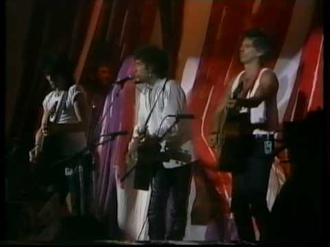 LIVE AID BOB DYLAN Feat KEITH RICHARDS & RON WOOD WHEN THE SHIP COMES IN.mp4