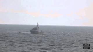 خفر السواحل التركي يضربون مركباً للاجئين بالعصي