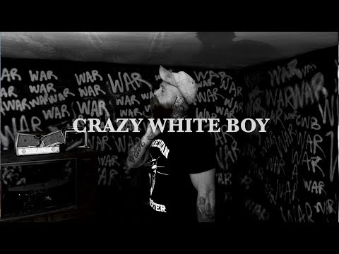 Смотреть клип Adam Calhoun - Crazy White Boy