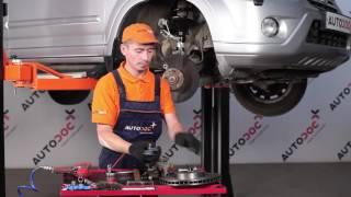 Kaip pakeisti priekiniai stabdžių diskai ir priekinių stabdžių kaladėlės HONDA CR-V 2 [PAMOKA]