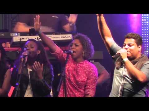 Igreja Cristã Abrigo - Abrigo Choir - Louve