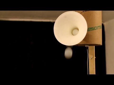 """""""Ping Pong"""", Sound Art Performance by Simonas Nekrosius, 2017"""