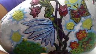 El Arado Victor Jara pintado en una piedra
