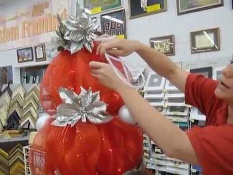 Deco Mesh Christmas Tree Tutorial