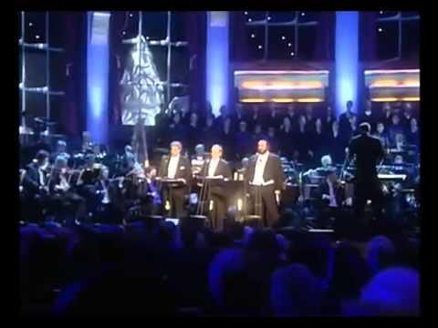 Placido Domingo Feliz Navidad.Feliz Navidad Cantada Por Luciano Pavarotti Placido Domingo Y Josep Carreras