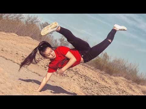 Taekwondo Girls Awesome Tricking Kicks And Fantastic Skills