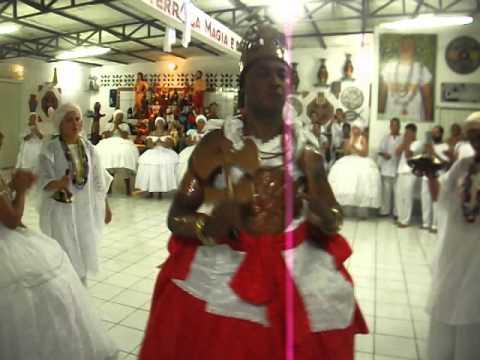 Xangô Agodô faz a sua dança de rei em 24 02 2013