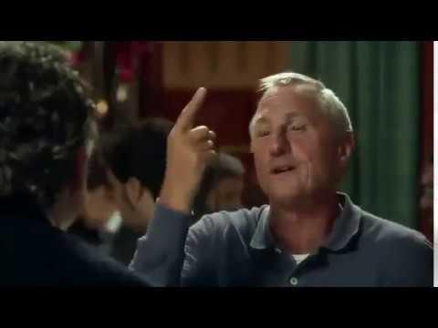 Johan Cruyff explica a Jorge Valdano la diferencia entre jugar bien y disfrutar de jugar.