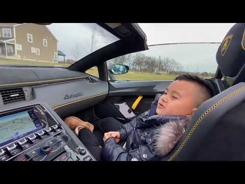 Father&Son Review The First Lamborghini Aventador SVJ Roadster 1/800