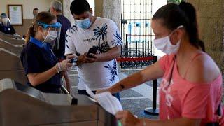 España se inquieta por la multiplicación de brotes y casos de covid-19