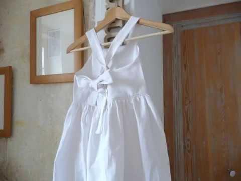 Robe tablier fillette partir d 39 un drap ancien youtube - Faire des rideaux avec draps anciens ...