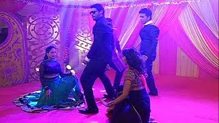 Kumkum Bhagya | Abhi Presents ROCKING Dance on Bulbul's Sangeet Function