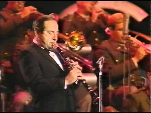 glenn miller music - Anne Shelton, the New ambassadors Lakenheath 1984