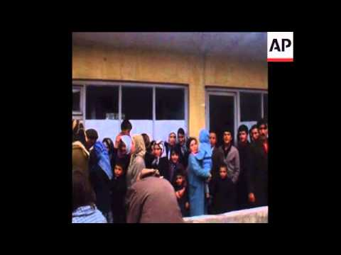 SYND 17/10/1970 PEOPLE BEING INJECTED WITH ANTI-CHOLERA SERUM IN ISTANBUL