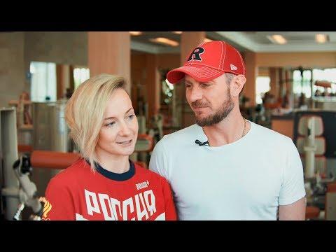 Роман Костомаров, олимпийский чемпион по фигурному катанию и его жена, Оксана