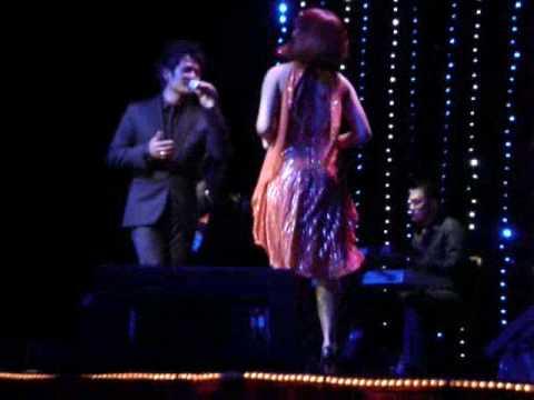 Bang Kieu with Tran thu Ha - Live 2009