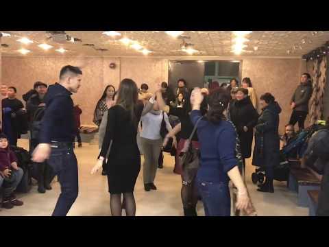 Калмыцкие танцы в Питере