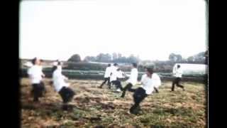 [2013年/6分/カラー] 監督・脚本・編集・出演:山本圭祐/撮影:太田...