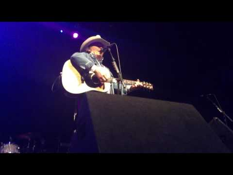 Little Ways and Guitars, Cadillacs - Dwight Yoakam - Georgia Theatre - July 15, 2017