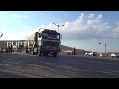 Turkey: UN convoy carrying 40 tons of aid remains stuck at Syrian border