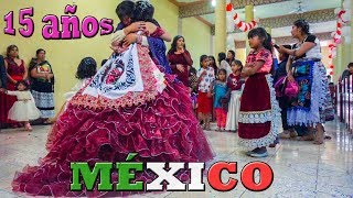 """QUINCEAÑERA EN PUEBLO MEXICANO """"TERMINA BAJO LA LLUVIA"""""""