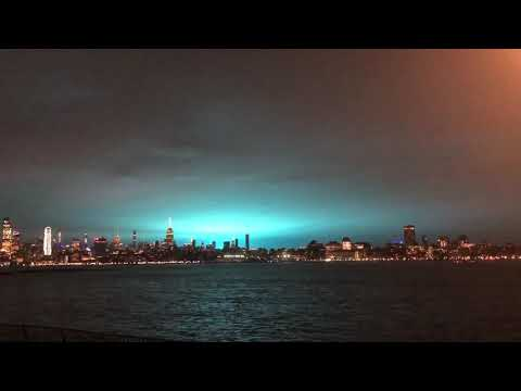 Dimensional rift appears over Manhattan - December 27, 2018