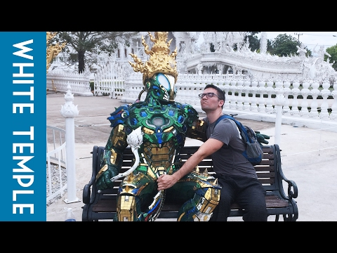 WHITE TEMPLE AKA  Wat Rong Khun // Chiang Rai, Thailand // Travel Vlog