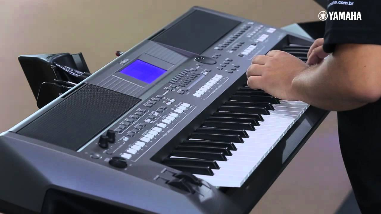 Novo psr s670 demonstra o expomusic 2015 youtube for Yamaha piano keyboard models