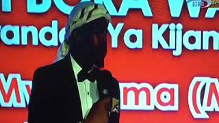 Idriss sultan alivyomupa tuzo mwana FA
