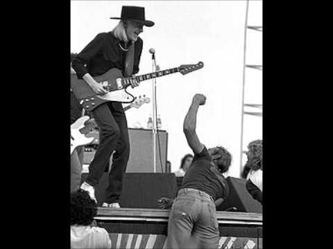 Johnny Winter - Low Down Gal Of Mine