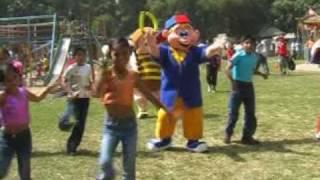 Feliz Cumpleaños Un Feliz Cumpleaños / video cristiano para niños