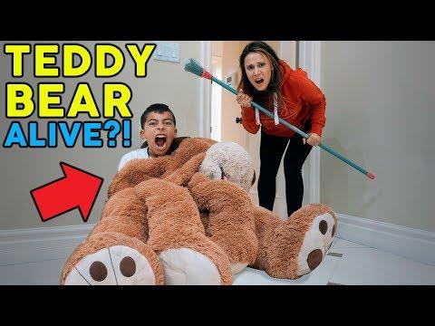 TEDDY BEAR ALIVE PRANK ON MY MOM **SO FUNNY** | The Royalty Family