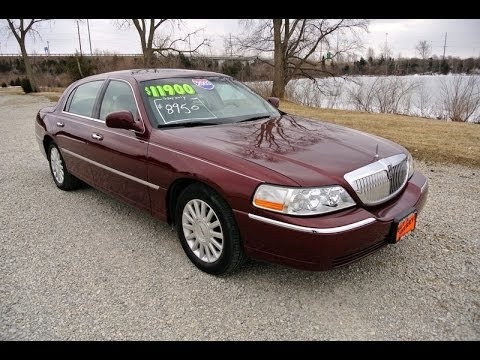 2003 Lincoln Town Car Signature Red For Sale Dealer Dayton Troy