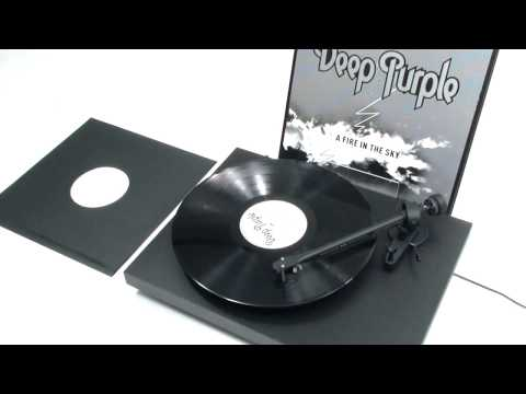 Deep Purple  - Smoke On The Water (Official Vinyl Video)