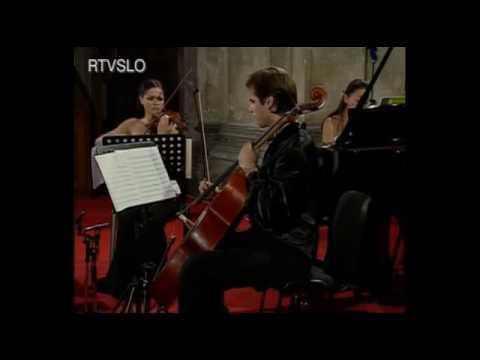 Greenwich Trio - Shostakovich Piano Trio no.2 (1st mov)
