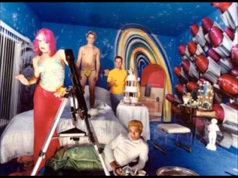 Comforting Lie by NO DOUBT - YouTube