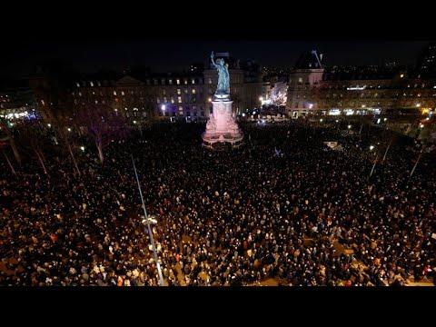 فرنسا: تجمع حاشد من مواطنين ورجال سياسة لرفض الأعمال المعادية للسامية  - نشر قبل 3 ساعة